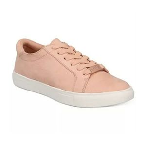Kenneth Cole Reaction Peach Sneakers ~ NEW